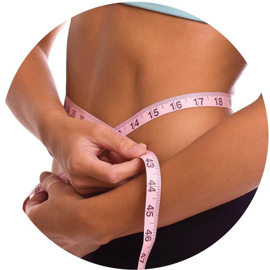 Dieta nutrizionista: Donna e girovita